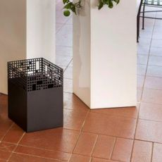 City D - Metal basket, available in several colours