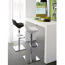 CB1040 Fly - Taburete Connubia - Calligaris, giratorio y regulable de altura, en metal y poliuretano, en distintos colores