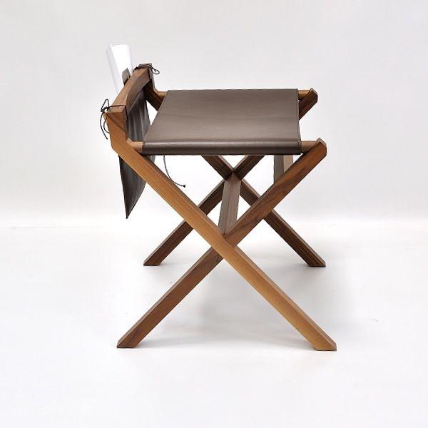 lucio niedriger hocker valsecchi aus holz mit sitz aus leder mit tasche als ablagefach. Black Bedroom Furniture Sets. Home Design Ideas
