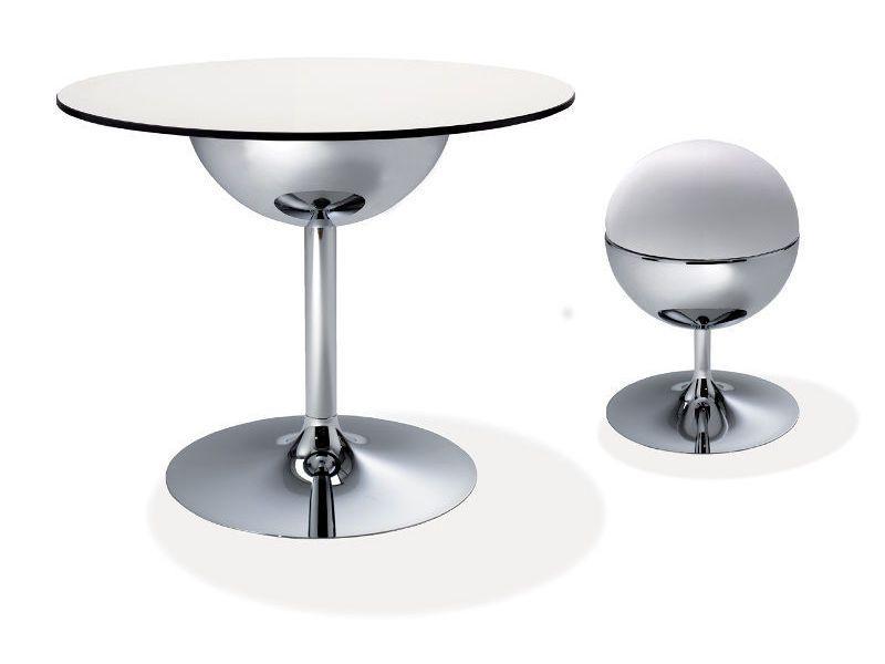 globus t metalltisch mit runder platte mit durchmesser von 80 cm sediarreda. Black Bedroom Furniture Sets. Home Design Ideas