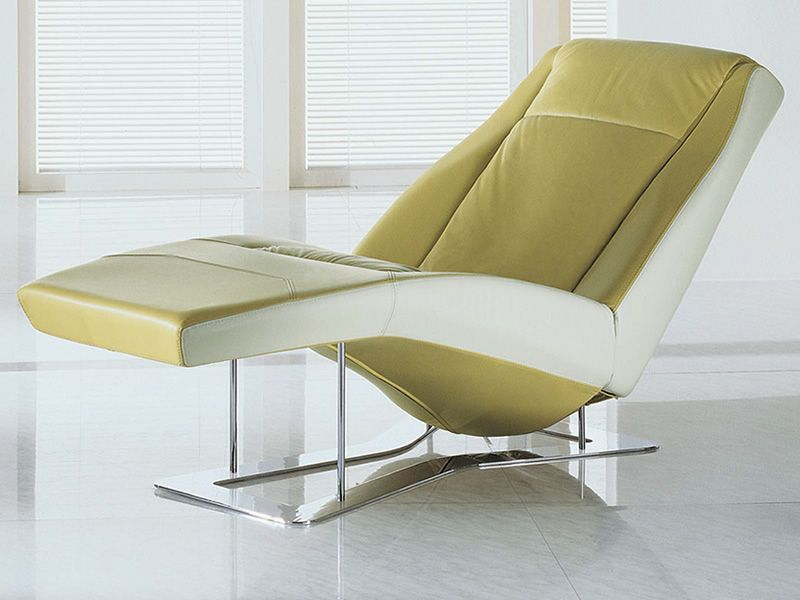 Chaiselongue modern  Ethos: Modern chaise longue in two-tone leather, with massage ...
