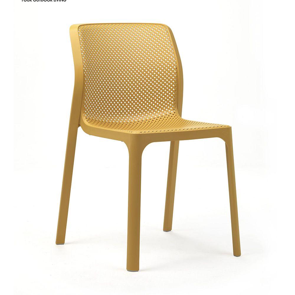 bit chaise en polypropyl ne empilable id ale pour l 39 ext rieur sediarreda. Black Bedroom Furniture Sets. Home Design Ideas