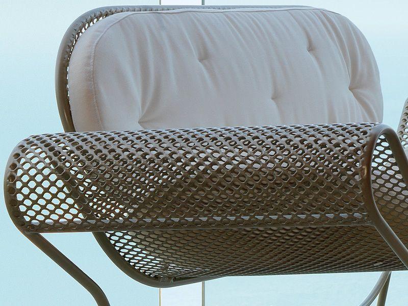Swell set set design da giardino divano 2 poltrone for Divano tortora