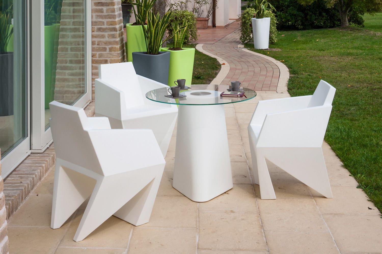 gemma petit fauteuil design b line en poly thyl ne pour l 39 ext rieur sediarreda. Black Bedroom Furniture Sets. Home Design Ideas