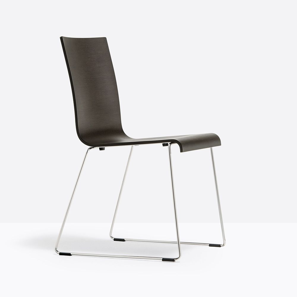 Kuadra 1331 para bare y restaurantes silla moderna para for Sillas para bares y restaurantes