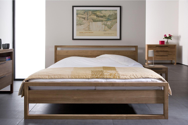 light frame lit double ethnicraft avec structure en teck. Black Bedroom Furniture Sets. Home Design Ideas