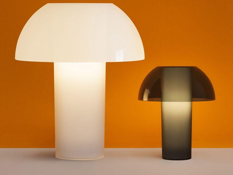 Lampada Da Tavolo Kalla : Colette lampada da comodino pedrali in policarbonato