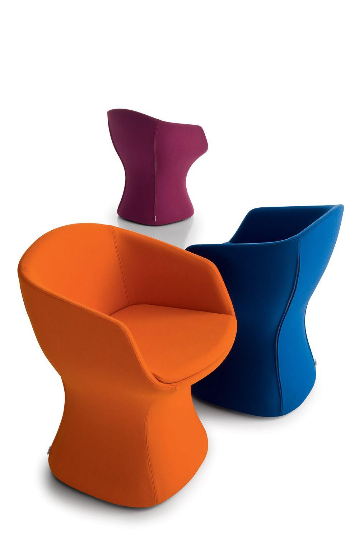 so pretty petit fauteuil design chairs more rembourr disponible dans diff rentes couleurs. Black Bedroom Furniture Sets. Home Design Ideas