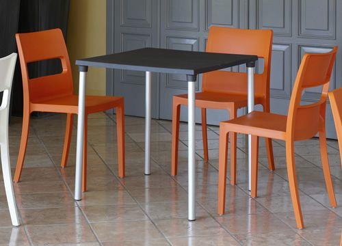 Sai 2275 sedia in tecnopolimero impilabile disponibile for Sedie cucina arancioni