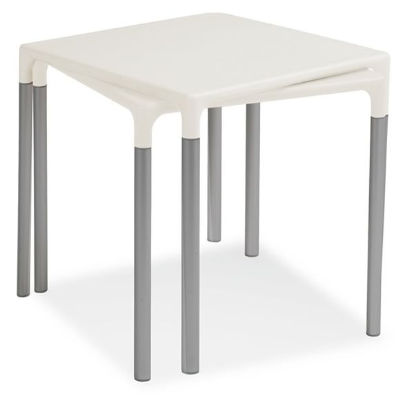713 table empilable en aluminium et polypropyl ne 72x72 for Table d exterieur en aluminium