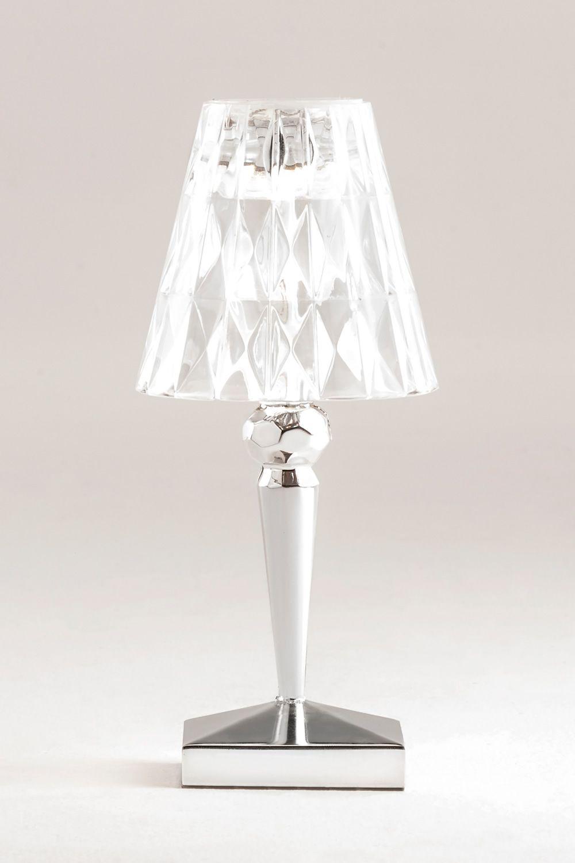 battery lampe de table kartell en technopolym re. Black Bedroom Furniture Sets. Home Design Ideas