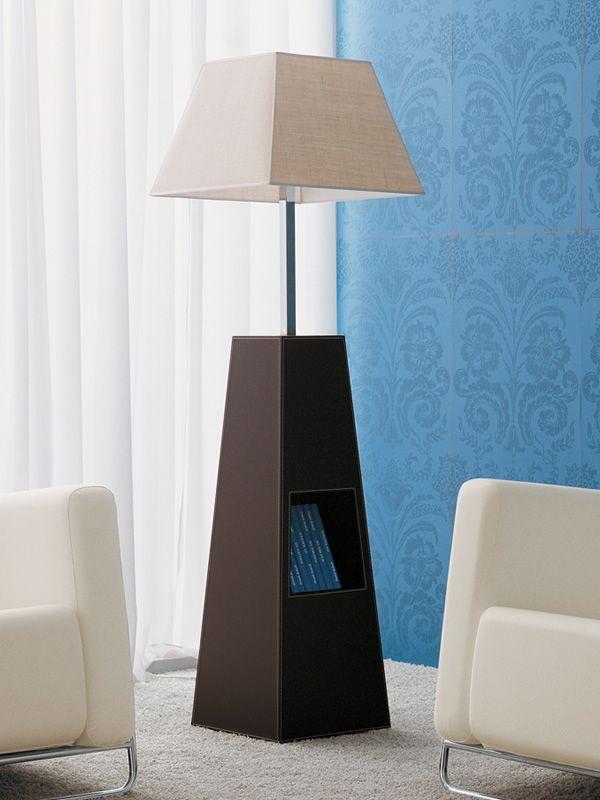 Pyramid lampada di design da terra rivestita in cuoio con porta riviste diversi colori - Lampade da terra design outlet ...