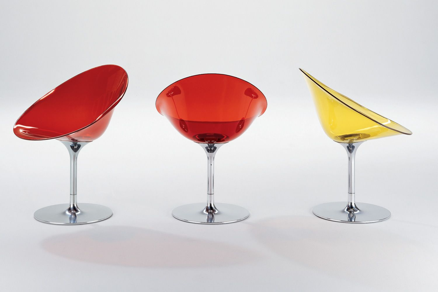 Eros poltroncina girevole kartell con base centrale in for Sedie design kartell