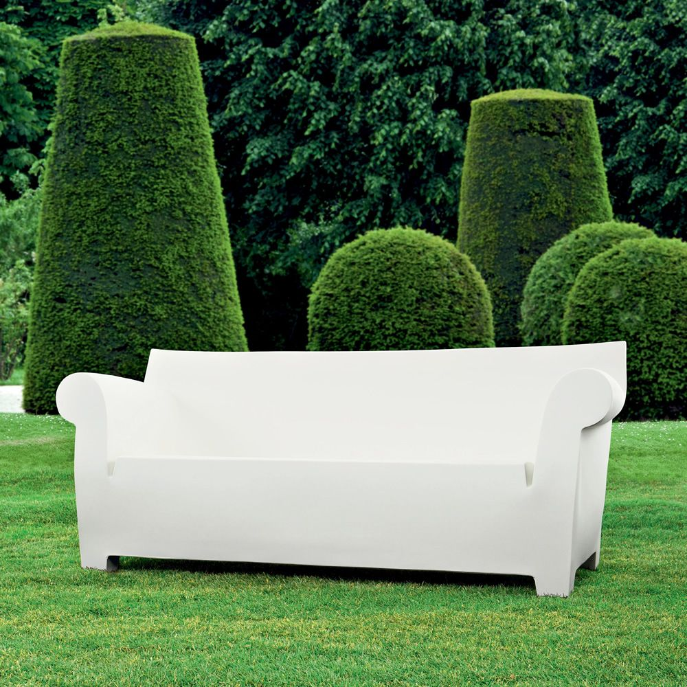 bubble club sofa design sofa von kartell f r den garten aus polyethylen 2 maxi sitzer. Black Bedroom Furniture Sets. Home Design Ideas
