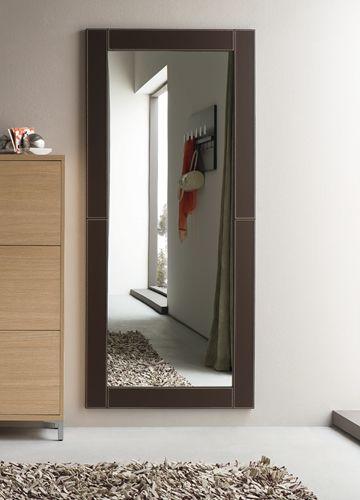 Cinquanta C | Specchio moderno 180 x 80 cm, cornice in ecopelle marrone
