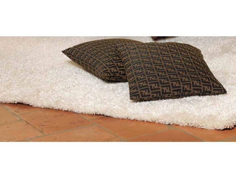 fly tappeto moderno a tinta unita diverse misure sediarreda. Black Bedroom Furniture Sets. Home Design Ideas
