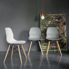 Caligola - Stuhl Dall'Agnese aus Holz, Sizt aus Polypropylen, in verschiedenen Farben verfügbar