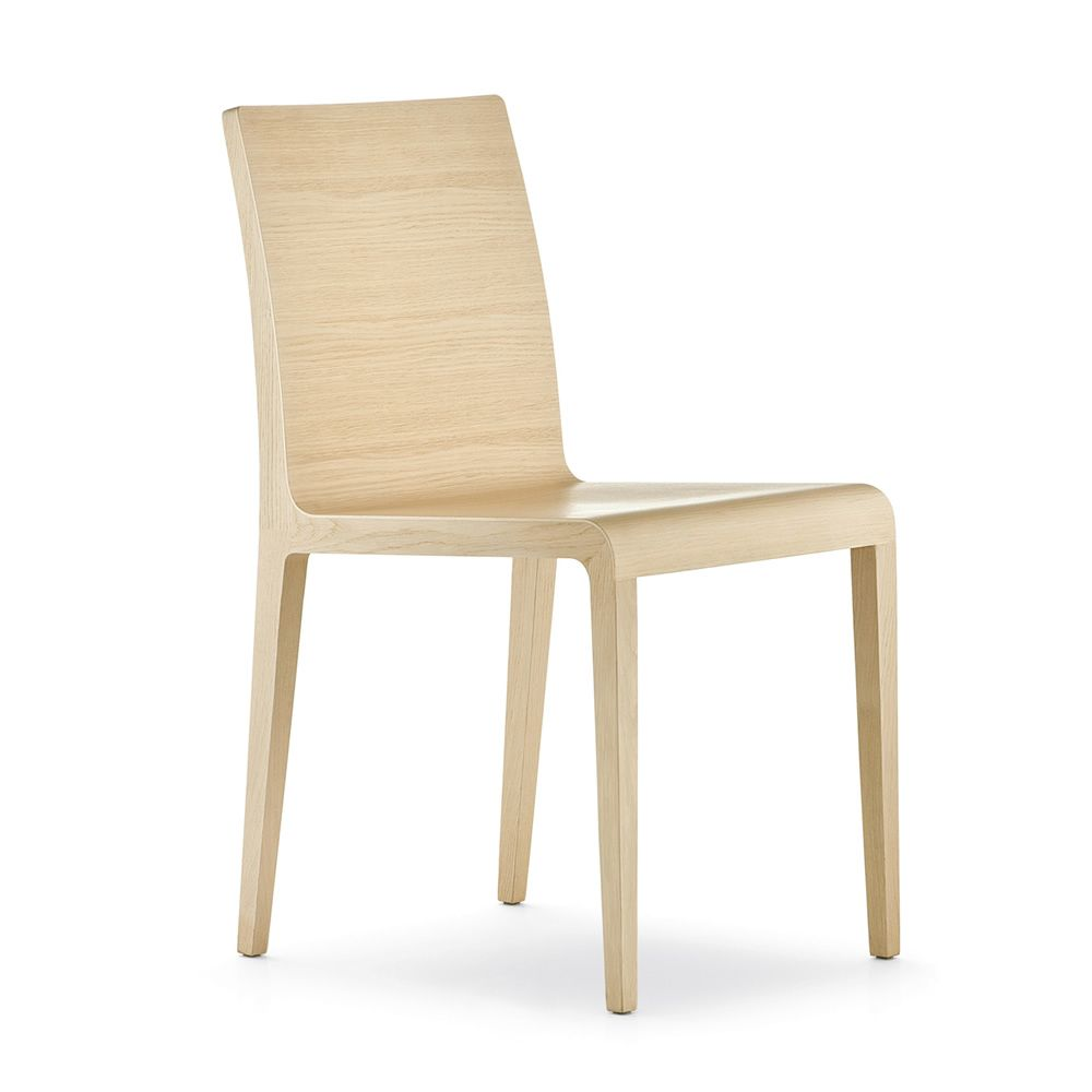 Young 420 sedia pedrali di design in legno di rovere for Sedia design faccia
