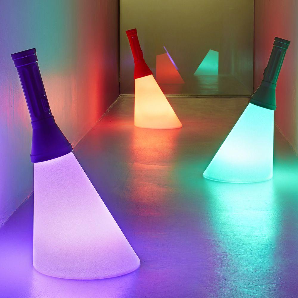 Flash lampada da tavolo qeeboo a forma di torcia in - Lampada da tavolo di design ...