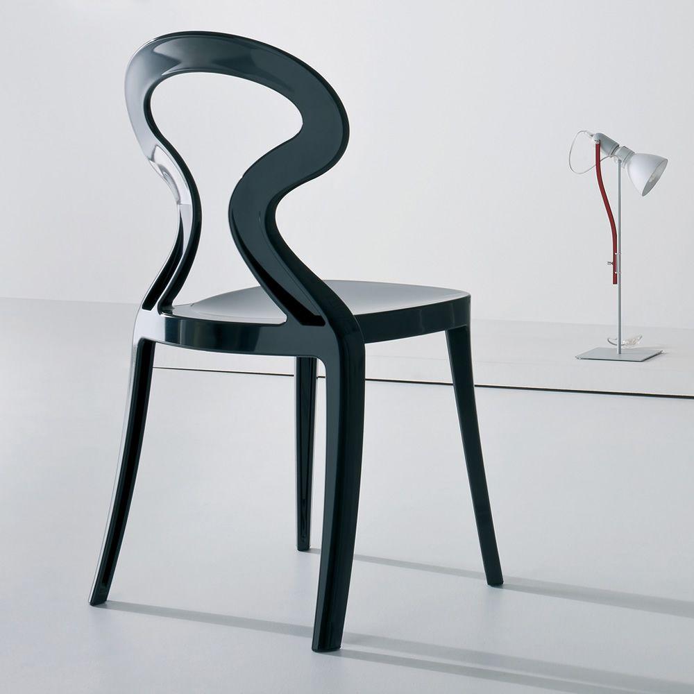 Anita sedia di design in tecnopolimero impilabile for Sedia design nera