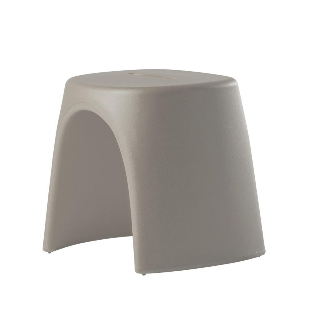 am lie sgabello stapelhocker slide aus polyethylen auch f r garten sediarreda. Black Bedroom Furniture Sets. Home Design Ideas