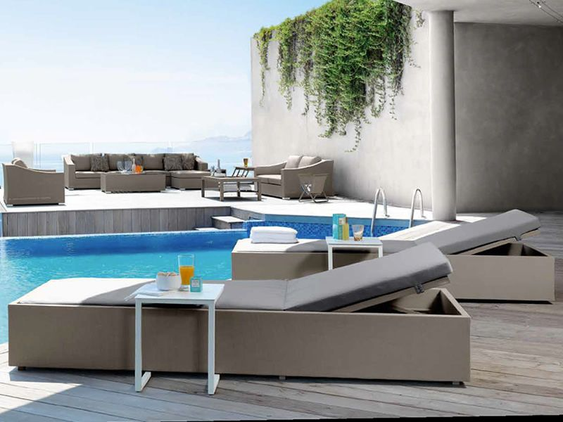 chic l bain de soleil moderne en aluminium et textilene dossier r glable sediarreda. Black Bedroom Furniture Sets. Home Design Ideas