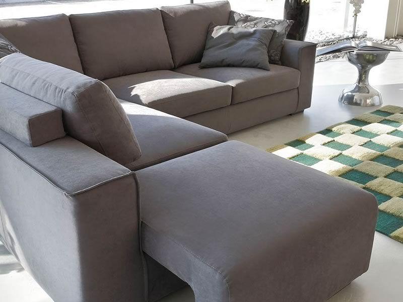 Vanity a divano moderno ad angolo con poggiapiedi - Divano con poggiapiedi ...
